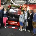 Hahnenkamm News: Stephan Eberharter und Harti Weirather freuen sich über ihre Gondel