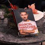 Das richtige Weihnachtsgeschenk für Skifans: Die Marcel Hirscher Biografie
