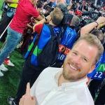 "Kjetil Jansrud feiert mit seinen ""Reds"" den Champions-League-Sieg"