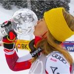 Kristallklarer Slalomerfolg in Lenzerheide beschert Katharina Liensberger kleine Kristallkugel, Gesamtweltcup geht an Petra Vlhová