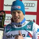 Manfred Mölgg führt nach dem 1. Durchgang beim Slalom auf dem Chuenisbärgli in Adelboden