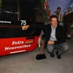 """Felix Neureuther: Hahnenkamm-Slalomsieger 2010 und 2014 """"enthüllte"""" seine Gondel."""