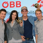 ÖSV NEWS: Goldene Teekanne für beliebteste Wintersportler