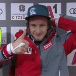 Adrian Pertl gewinnt 2. EC-Nachtslalom in Jaun