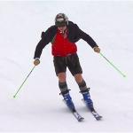 In Trachtenjacke und Lederhose verabschiedet sich Hannes Reichelt vom Ski Weltcup