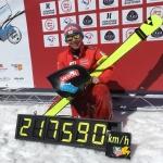 Nici Schmidhofer pulverisiert Rekord erneut mit 217,590 km/h