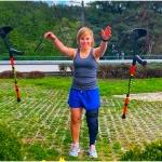 Nicole Schmidhofer wirft die Krücken weg