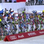 Schweiz gewinnt Nationen Team Event in Méribel