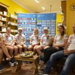 Slowenische Skidamen sind bereit für das Trainingslager in Argentinien