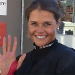 Corinne Suter gewinnt 1. Abfahrt von Val d'Isère