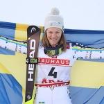 Anna Swenn Larsson führt das Drei Kronen Team in Levi an