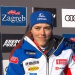 Petra Vlhová rast im ersten Slalomdurchgang von Zagreb allen davon