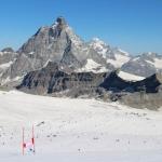 Das Schneetraining für Swiss Ski Athleten in Saas-Fee und Zermatt ging wieder los!