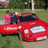 Kathi Zettel mischt sich bei Austrian Rallye Legends-Motorengeheul unter das Publikum